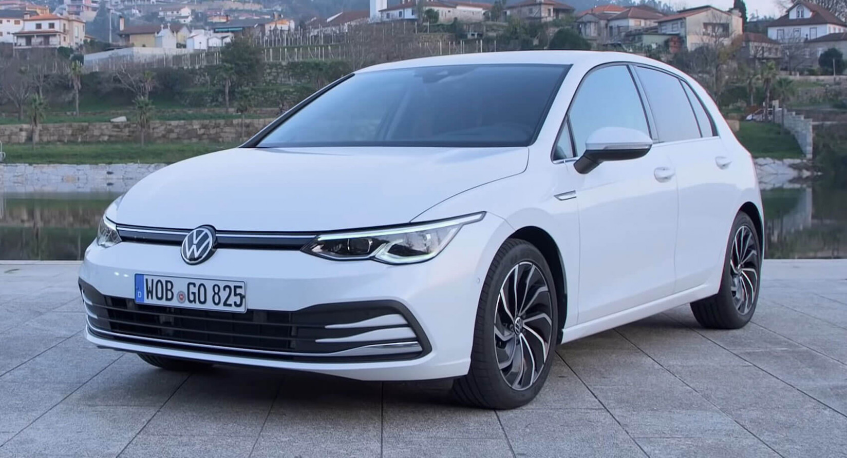 Review: 12 VW Golf Is The People's Hatchback From A New Era ...