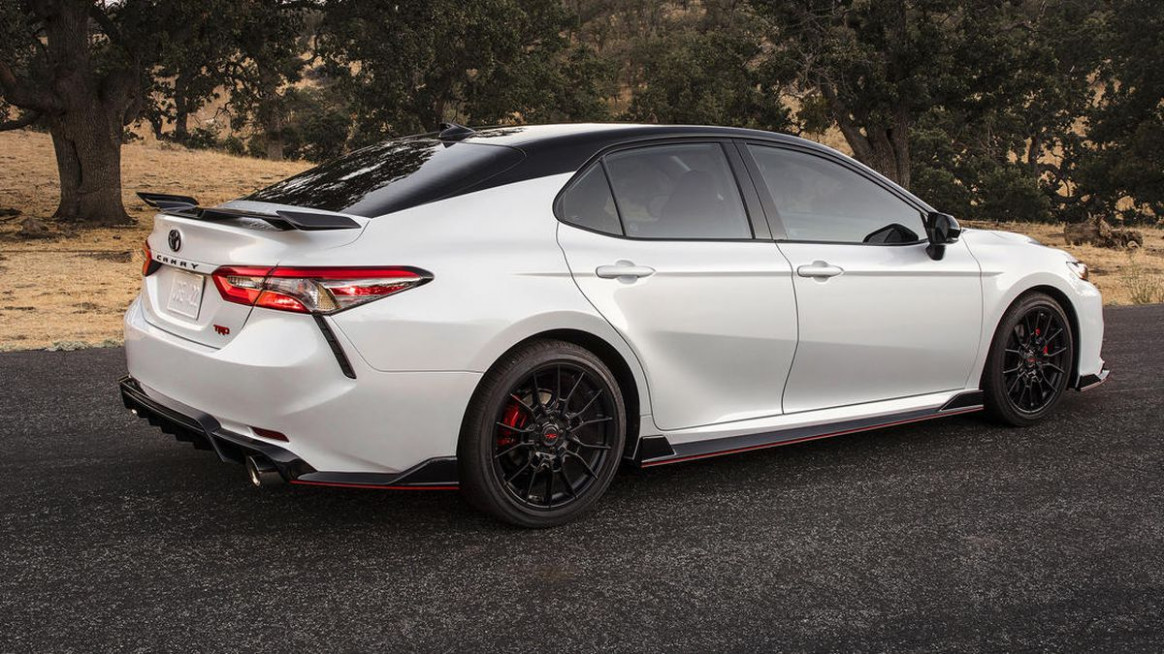 Sportier 8 Toyota Camry TRD to cost $8,8 - Roadshow