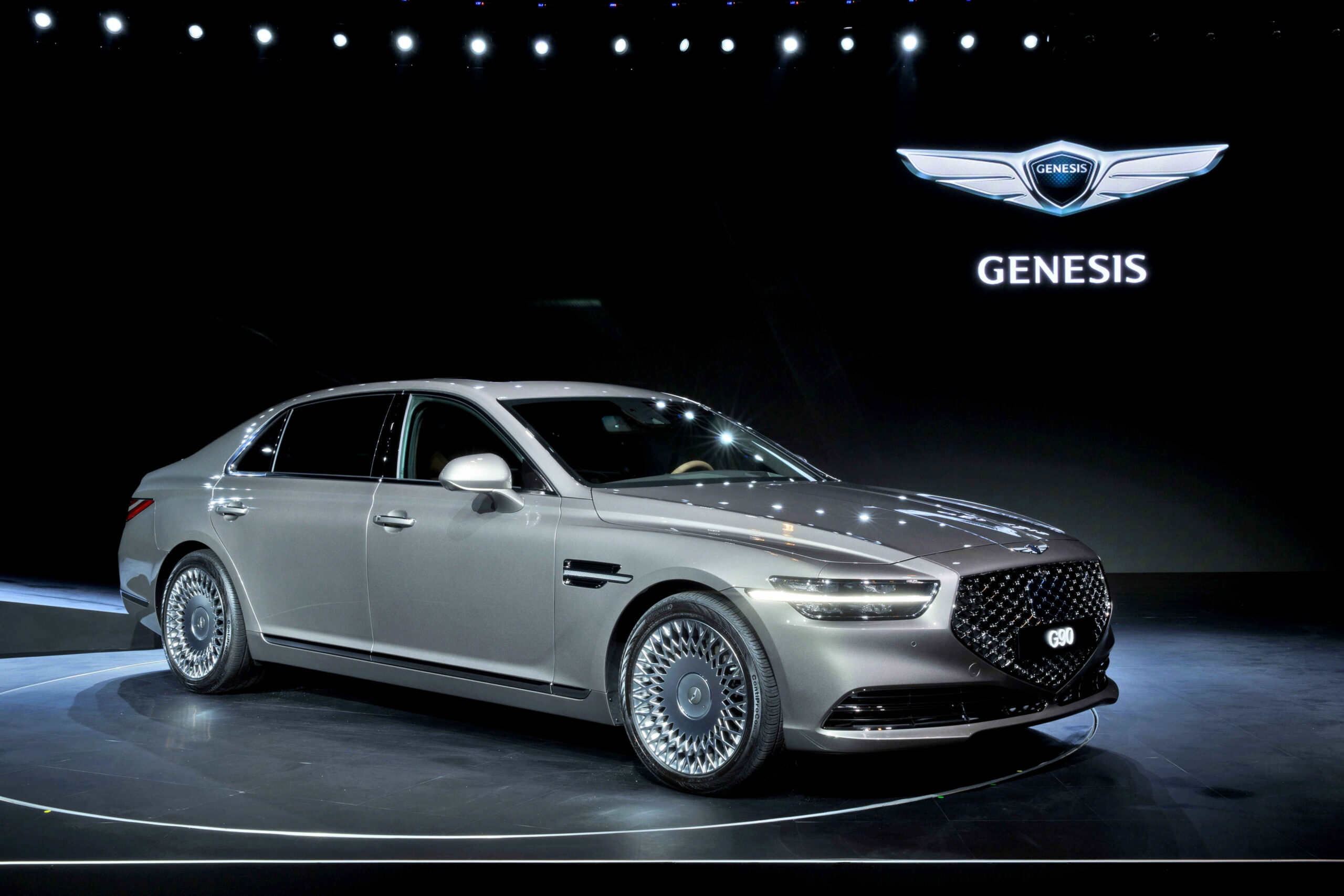 The 10 Genesis G10 Flagship Has New Style Inside and Out - kia genesis 2020