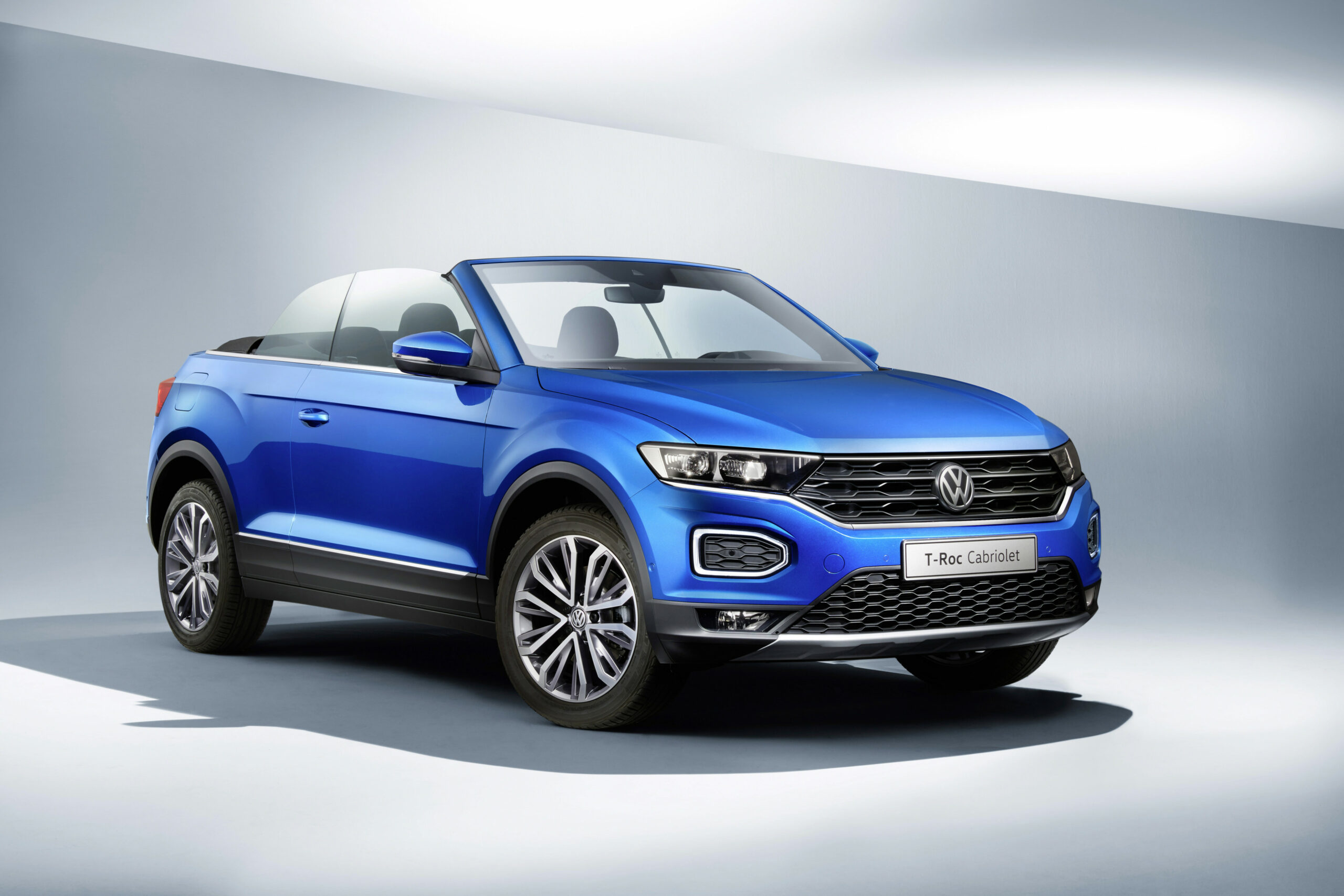 The 10 Volkswagen T-Roc Cabriolet Is Your New Small High-riding ..