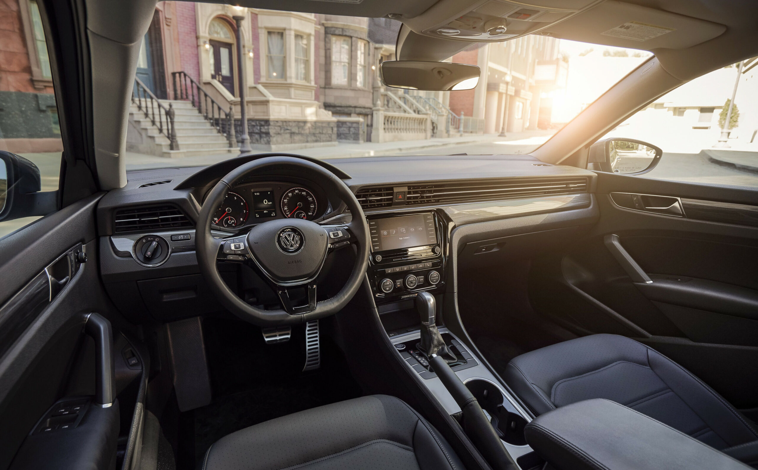 The all-new 11 Volkswagen Passat has made its debut. Photo ..