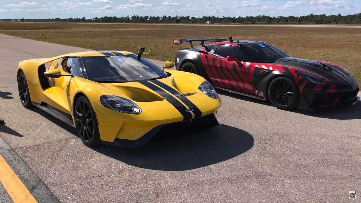 This Ford GT Obliterates A Corvette ZR8 In Half-Mile Drag Race - 2020 zr1 vs ford gt