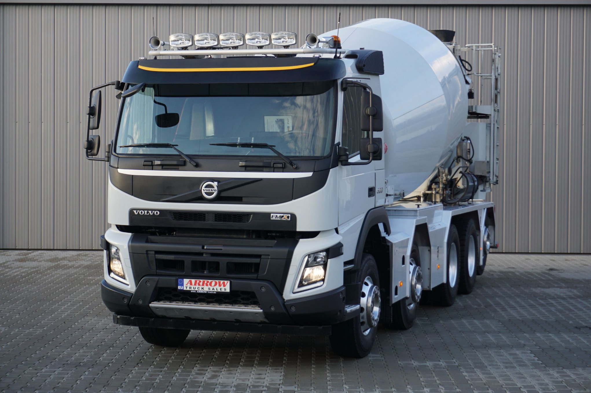 Truck Trader Online: All Makes, All Models at Arrow Truck Sales - 2020 volvo globetrotter for sale