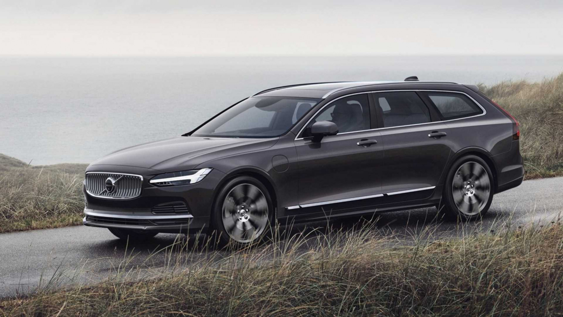 Volvo S100, V100, V100 Cross Country (100) | Motor10.com Bilder