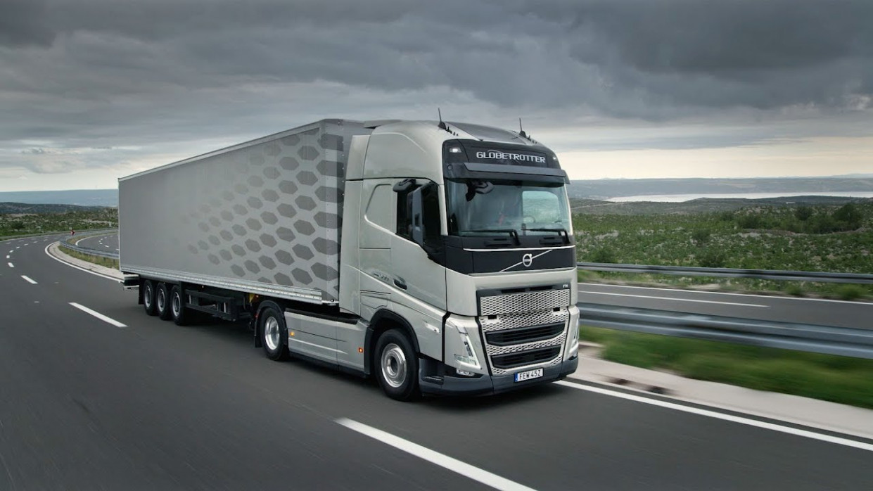 Volvo Trucks – The new Volvo FH - Moving your business forward - 2020 volvo fh 540
