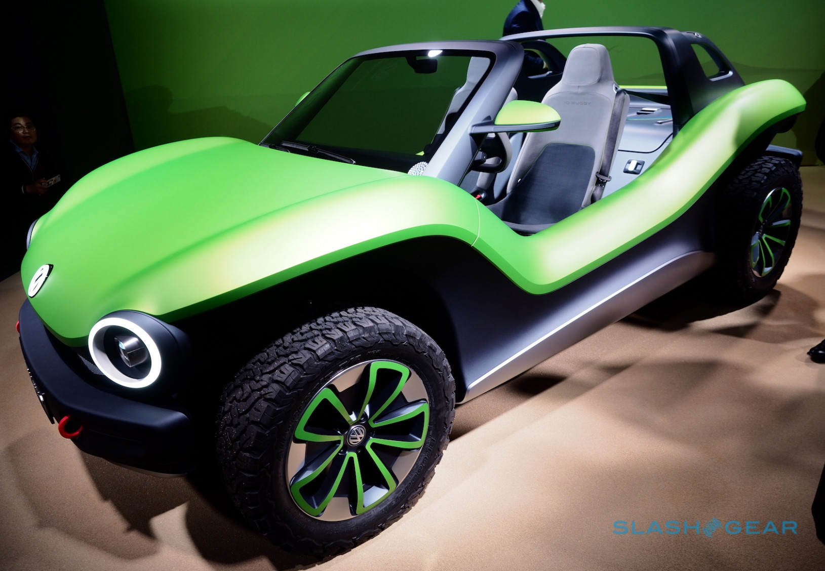 VW I.D. BUGGY is an all-electric dune buggy you have to love ..