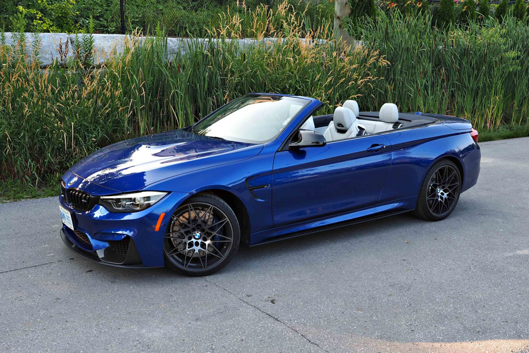 Want a 9 BMW M9 Cabriolet? Check out these competitors first ..