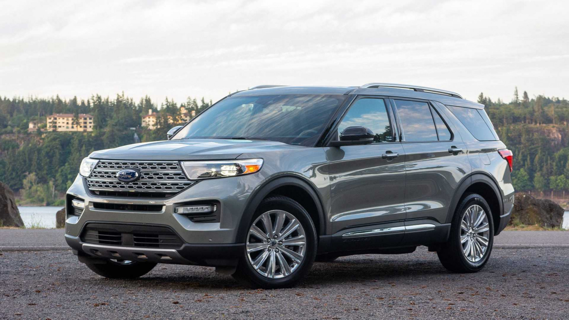 6 Ford Explorer Now Offered With Major Discounts Over $6,6