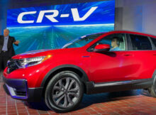 6 Honda CR-V Debuts With Refreshed Styling, Hybrid Version