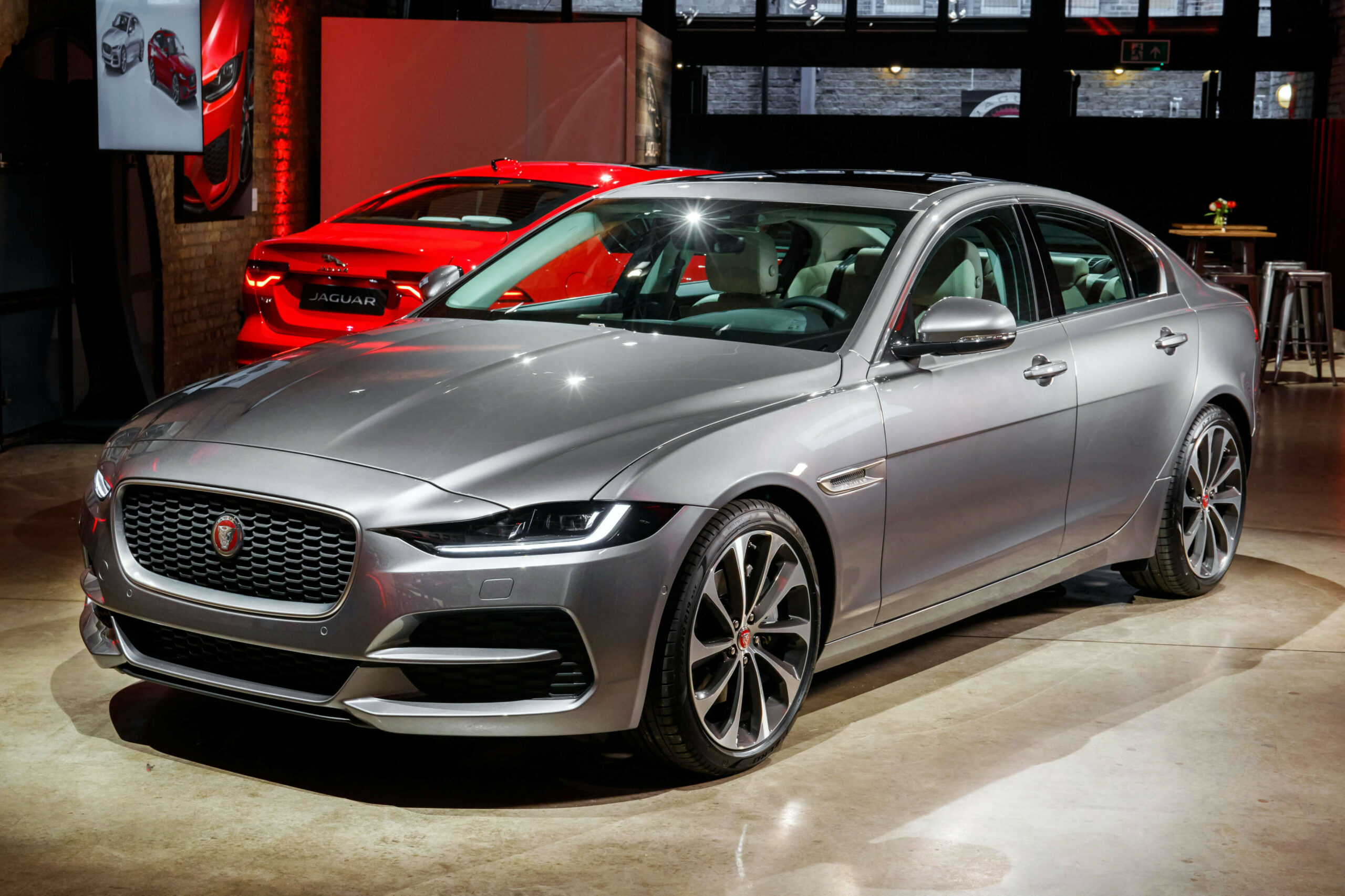 6 Jaguar XE: Facelift Sharpens Up British Sedan - AMENA Auto - jaguar 2020 uae