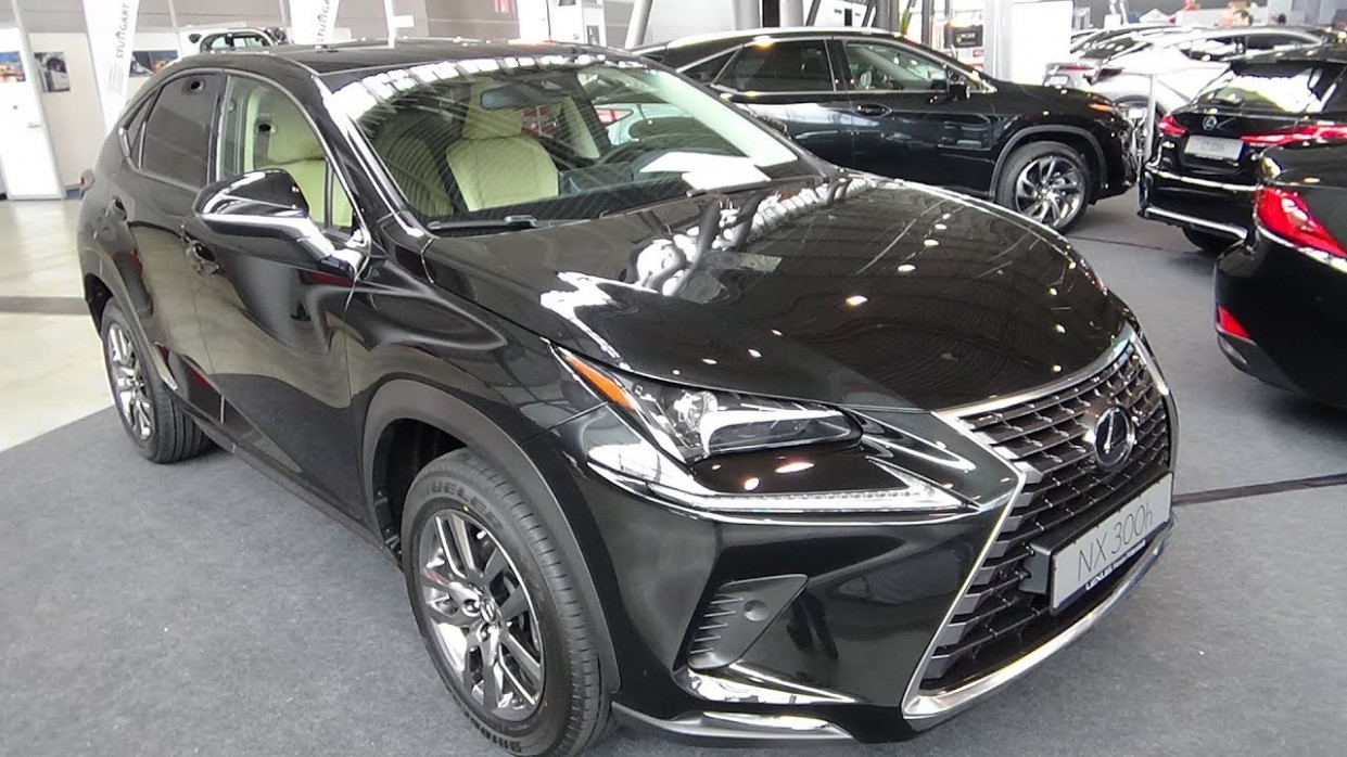6 Lexus NX 6h Launch Edition E-Four - Exterior and Interior -  i-Mobility Stuttgart 6
