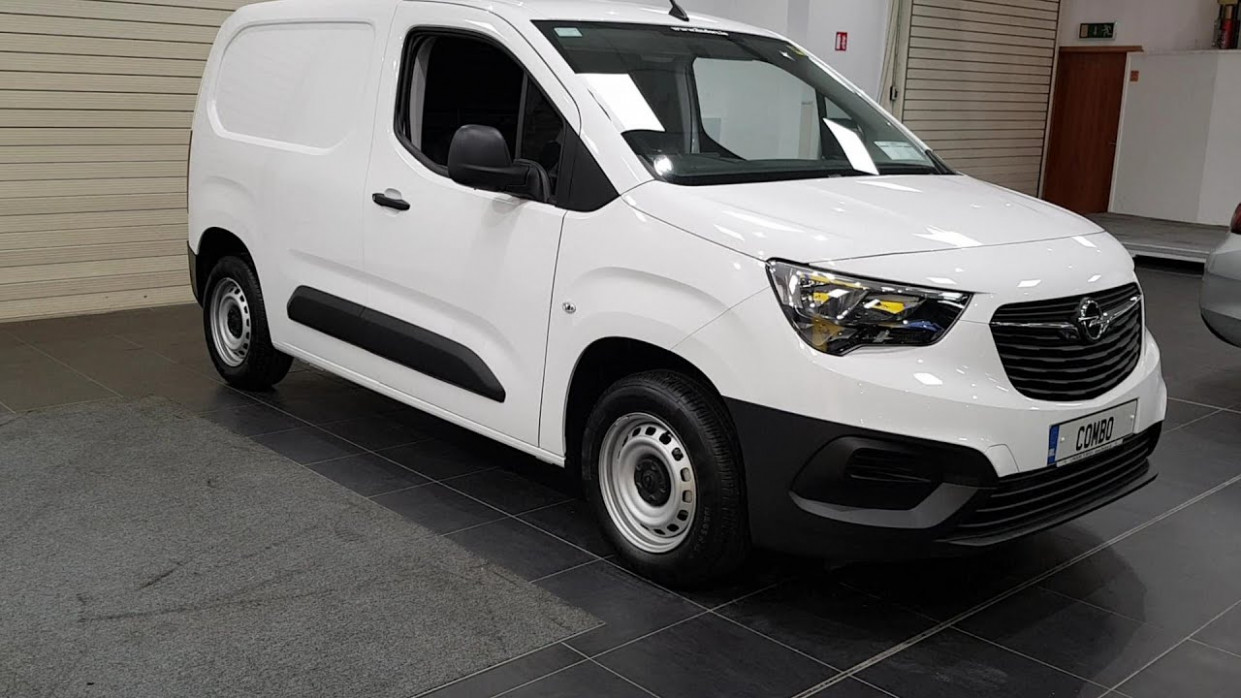 6 Opel Combo THE ALL NEW 6 6 OPEL COMBO 6 SEATER 16,6