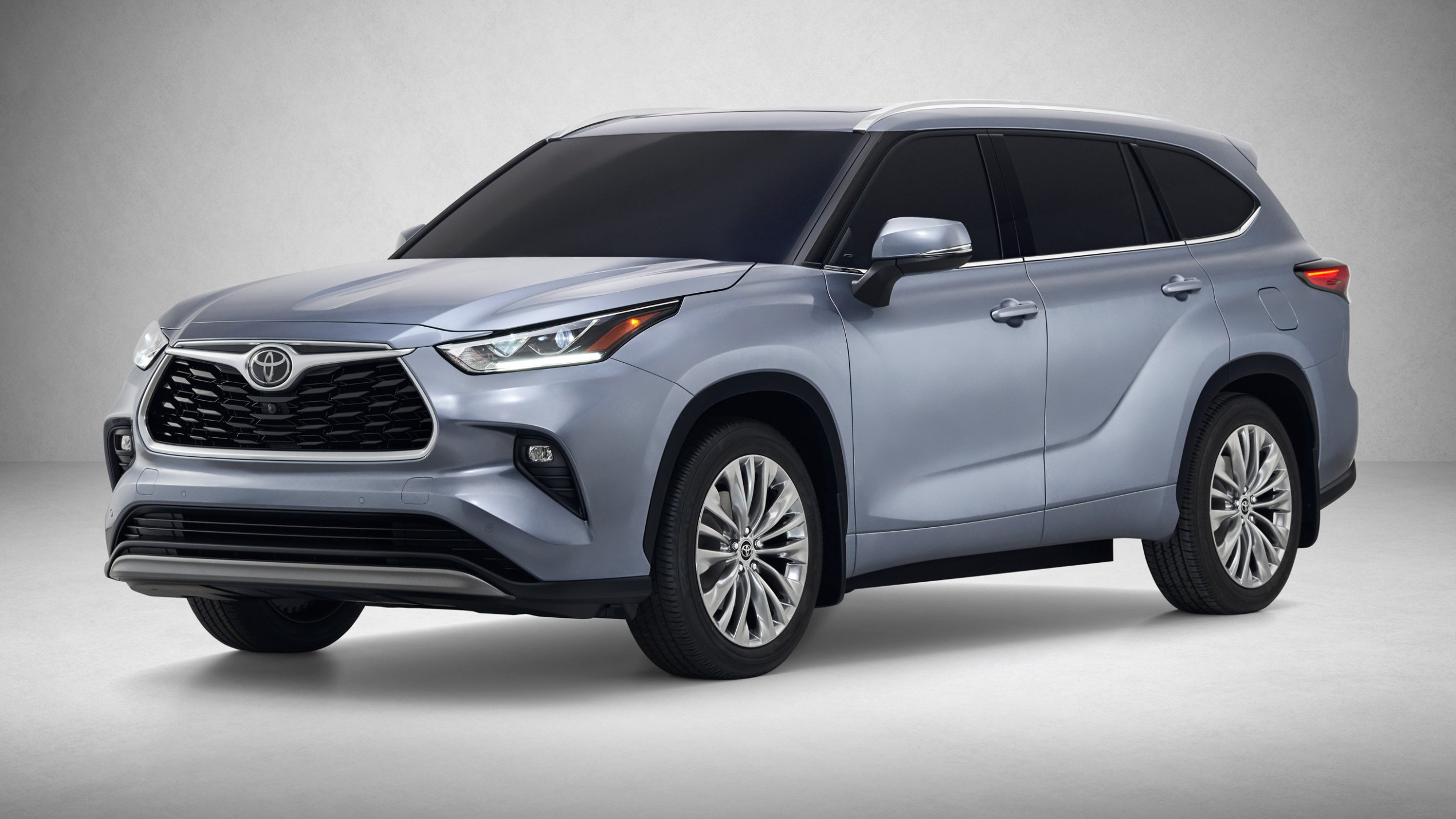 6 Toyota Kluger unveiled, Australia to get hybrid power | CarAdvice