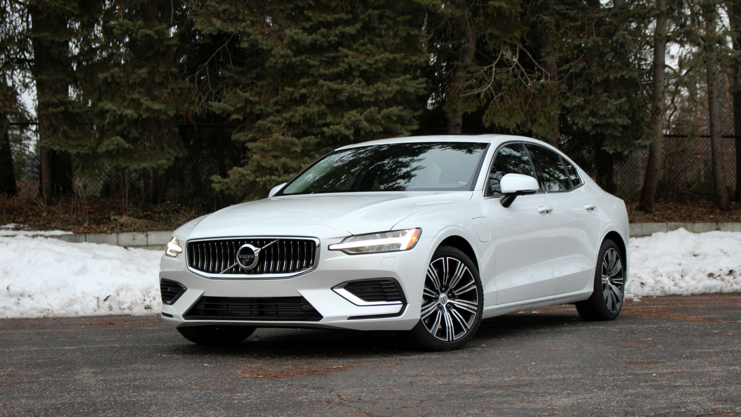 6 Volvo S6 T6 Long-Term Introduction | PHEV, specs, options ...
