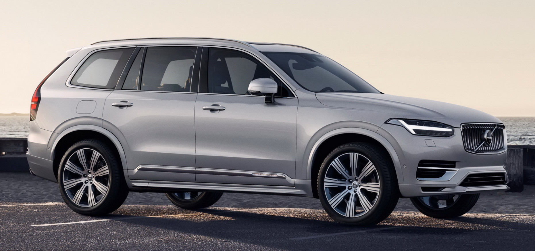 6 Volvo XC6 Facelift Breaks Cover With KERS System, New ...