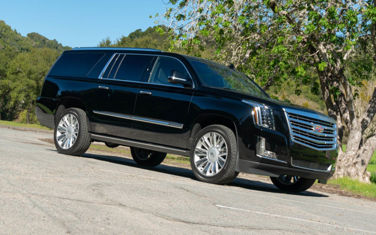 7 Cadillac Escalade ESV reviews, news, pictures, and video ..