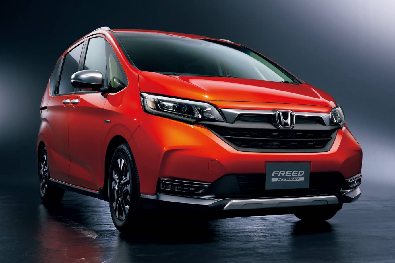 7 Honda Freed Gets Facelifted In Japan, Gains SUV-Style ...
