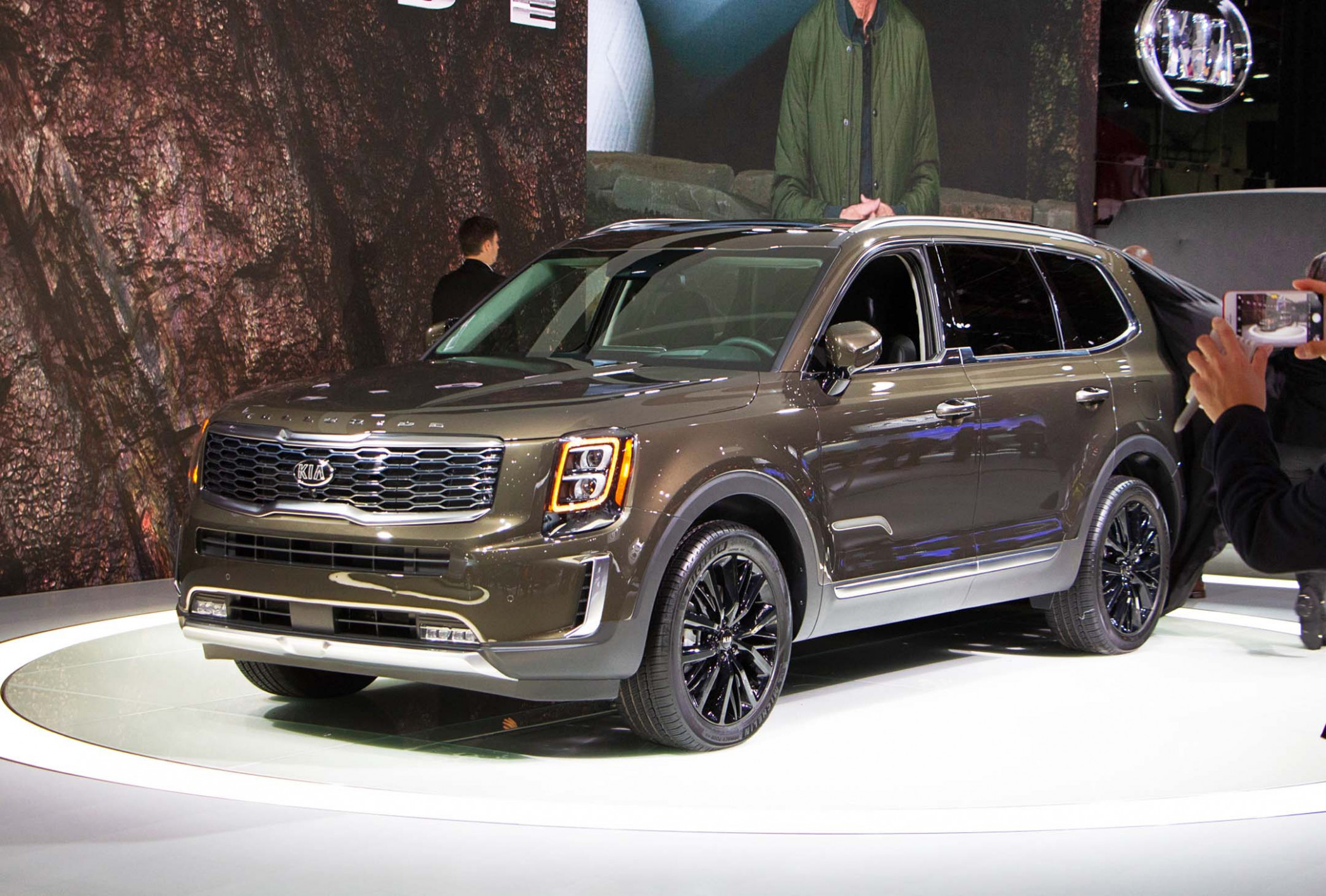 7 Kia Telluride Preview - kia brochure 2020