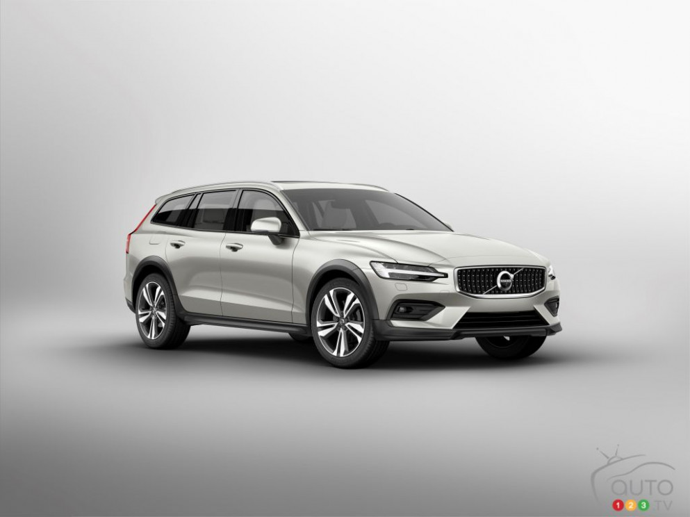 7 Volvo V7 Cross Country: Details, Images Released | Car News ...