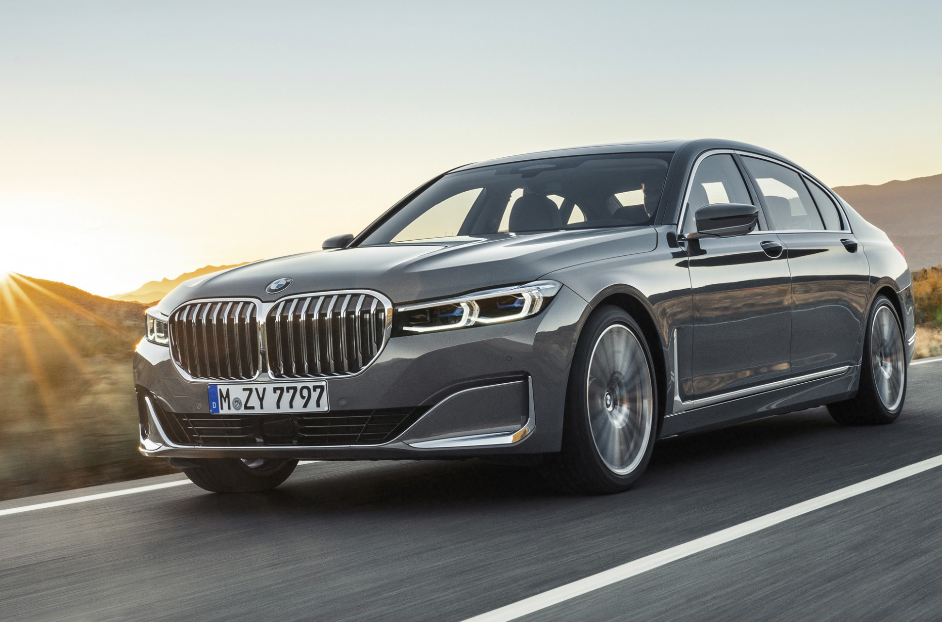 8 BMW 8-Series and its gaping grille starts at $88,8 - 2020 bmw options