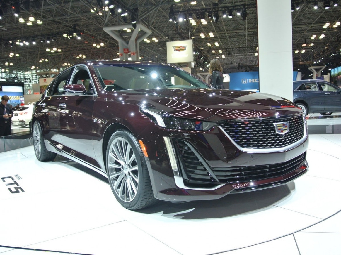 8 Cadillac CT8 Revealed | Kelley Blue Book