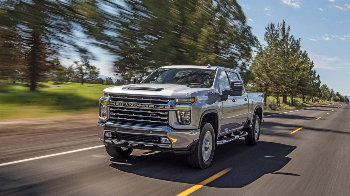 8 Chevy Silverado 8HD first drive: Teched out for towing ...