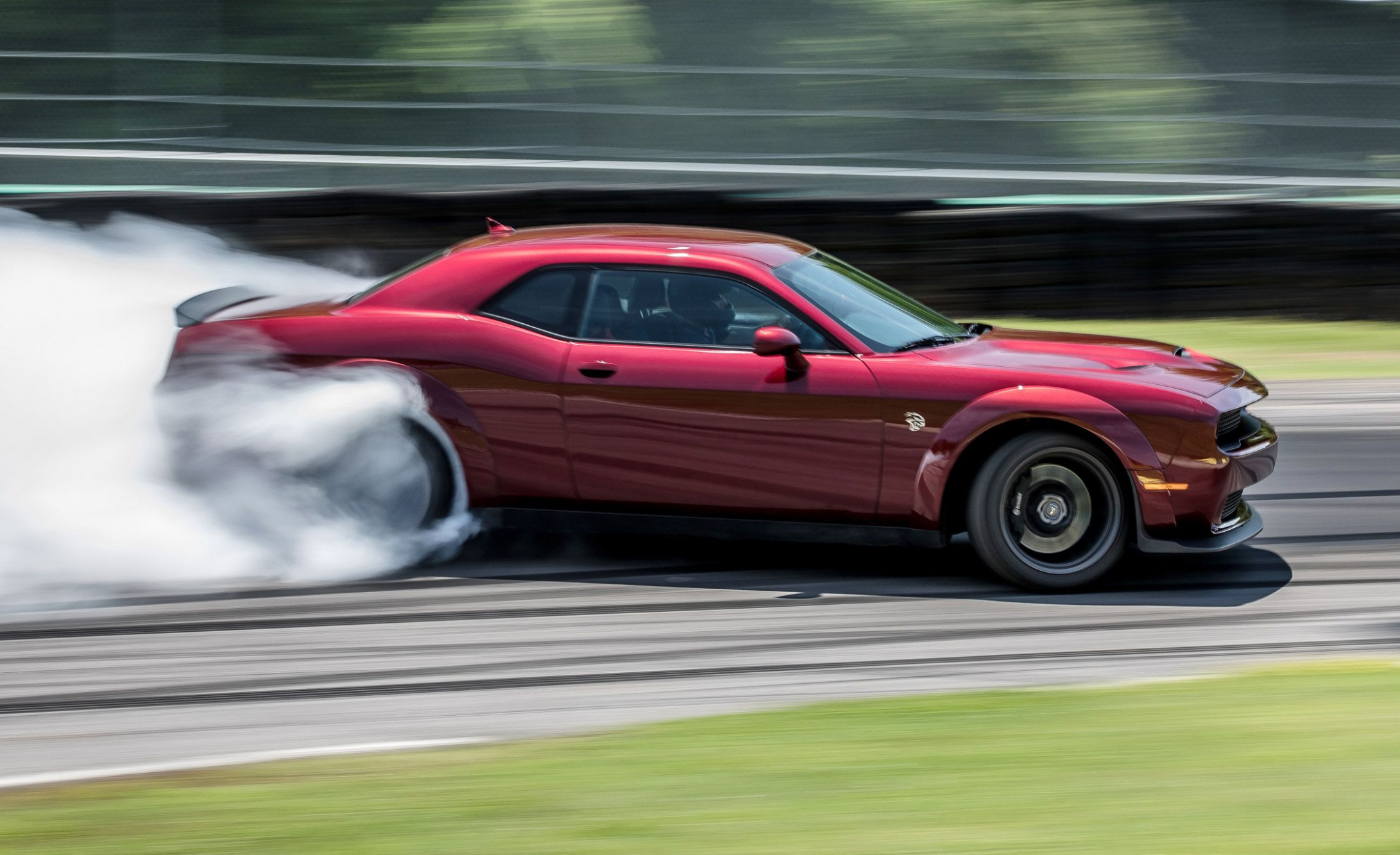 8 Dodge Challenger SRT Hellcat Widebody: Lightning Lap 8 - dodge for josh 2020