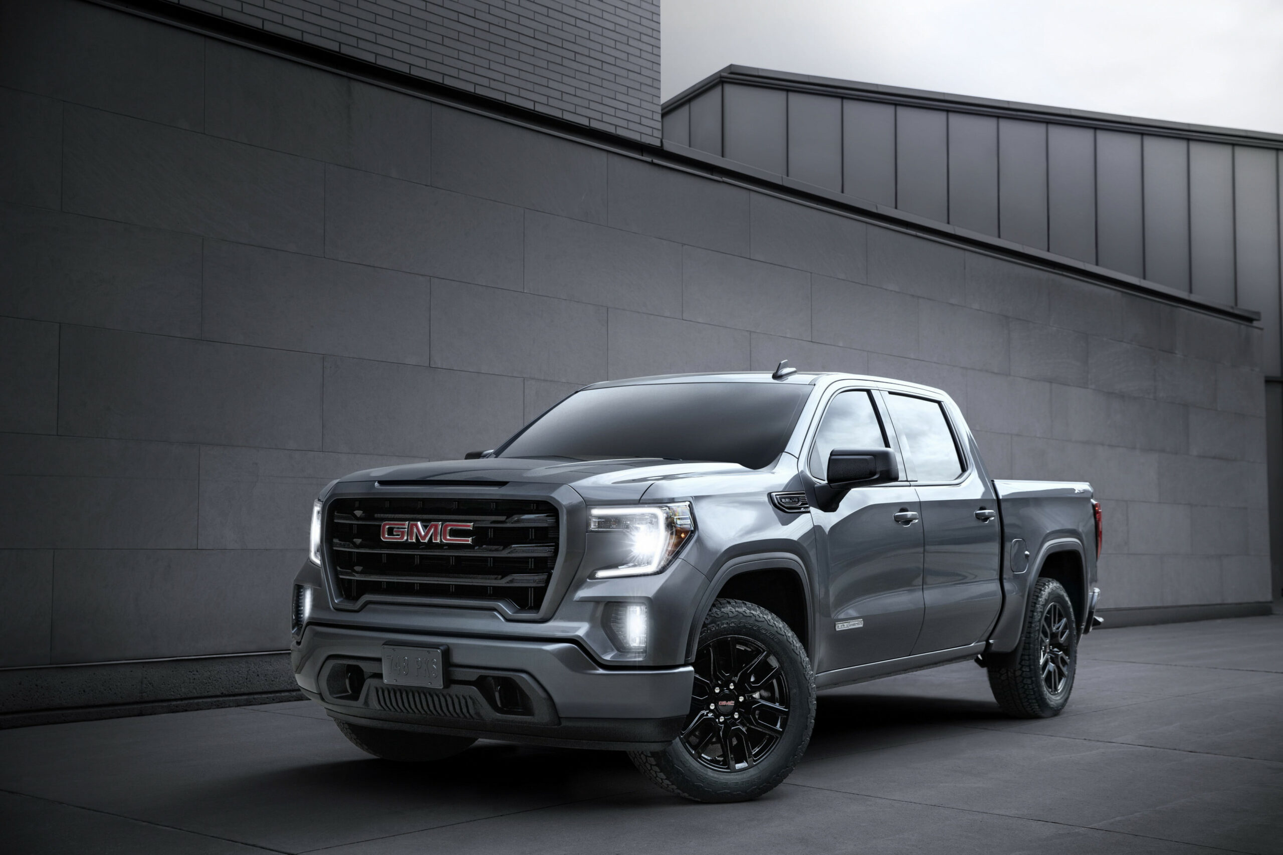 8 GMC Sierra Gets Diesel Engine and Adaptive Cruise - 2020 gmc pickup