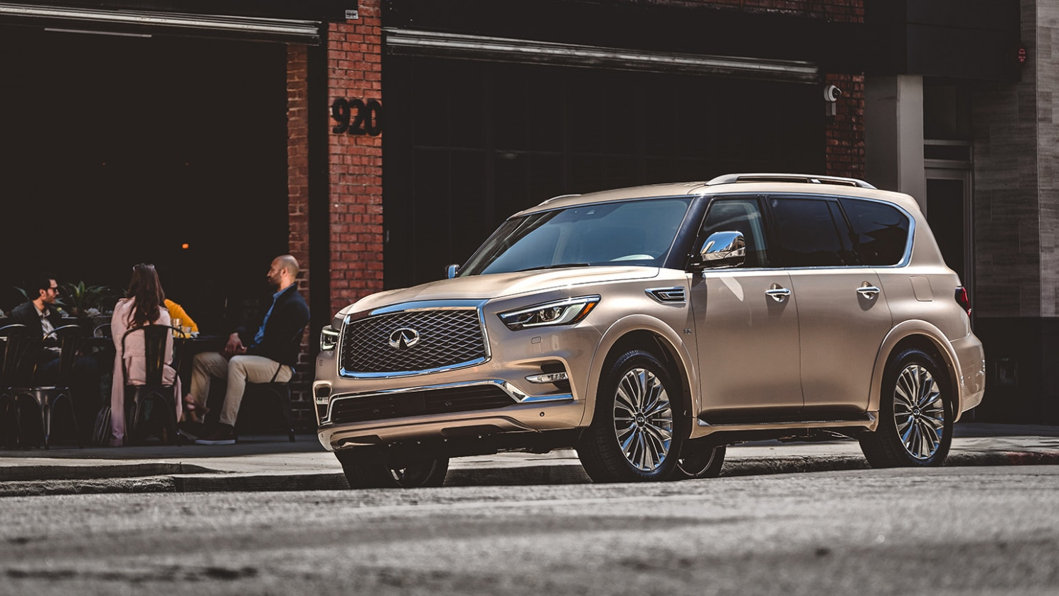 8 INFINITI QX8 SUV Colors and Photos | INFINITI USA