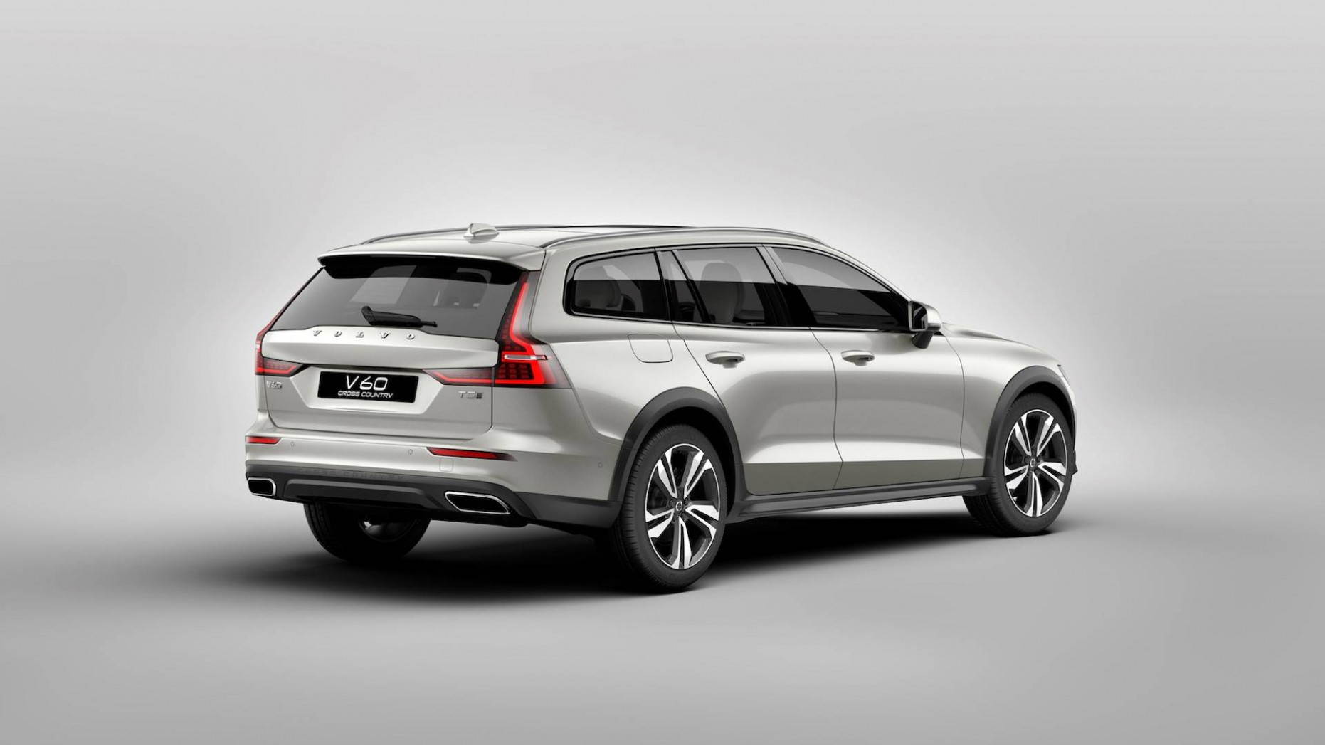 All-New Volvo V7 Cross Country: The Crossover Wagon Returns - 2020 volvo v60 ground clearance