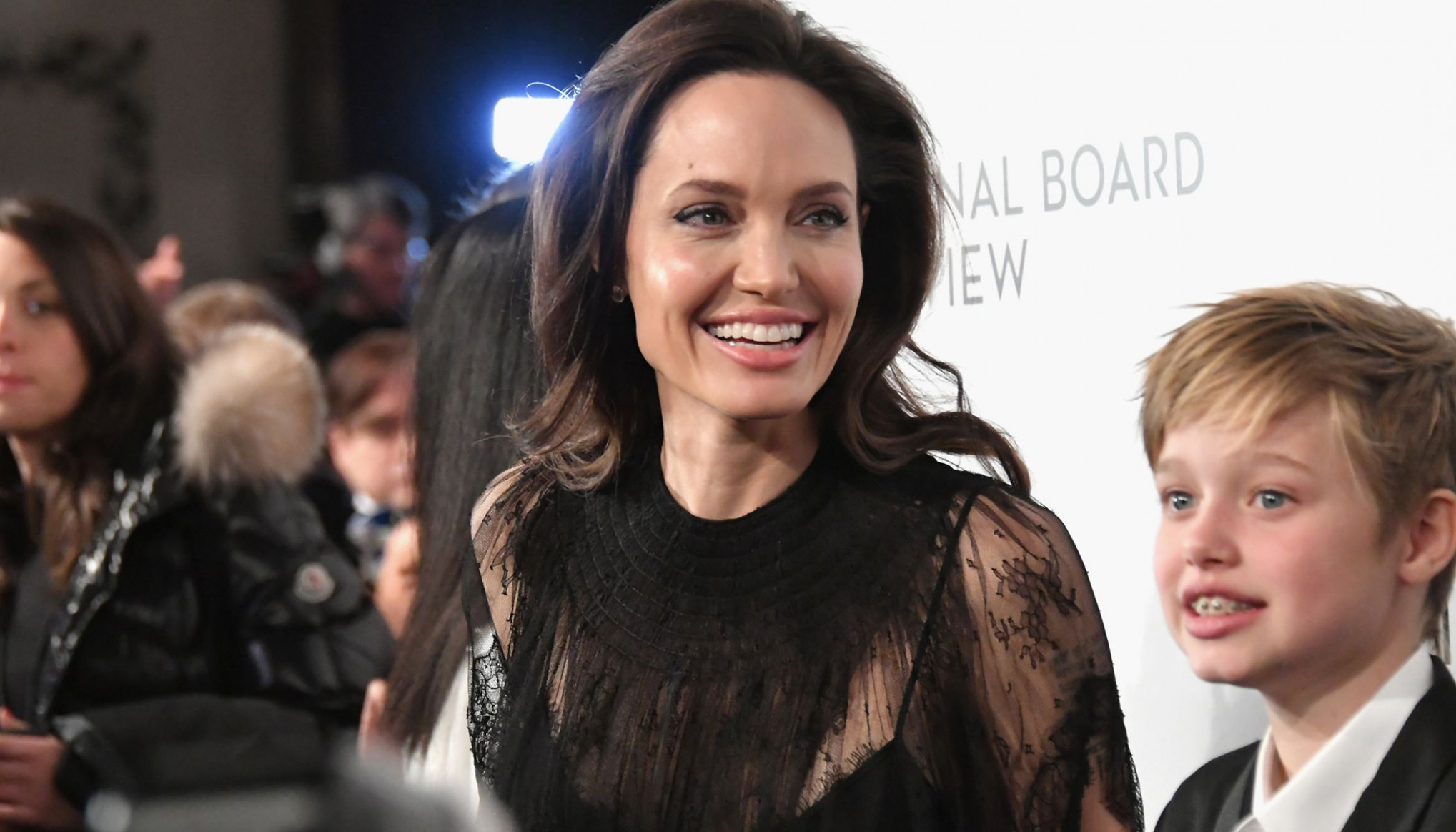 angelina jolie cadillac commercial 7 New Review 7*7 ..