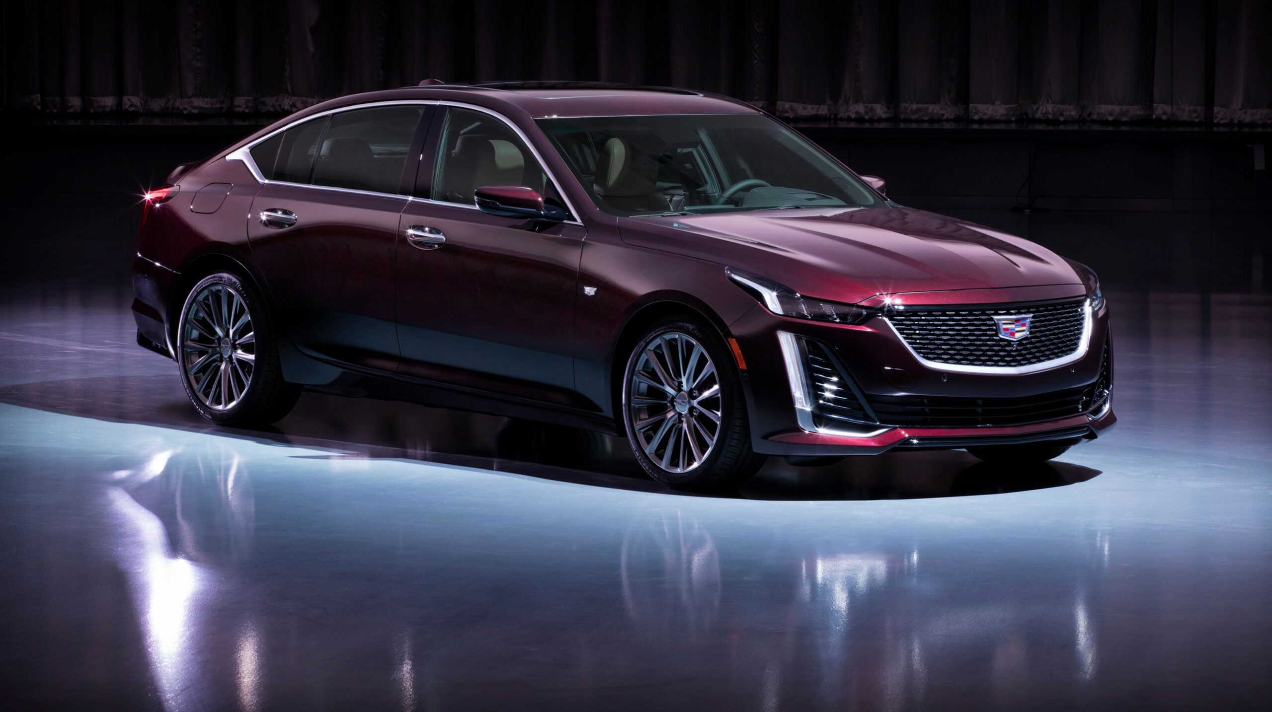 Cadillac reveals 8 CT8 Luxury sedan price
