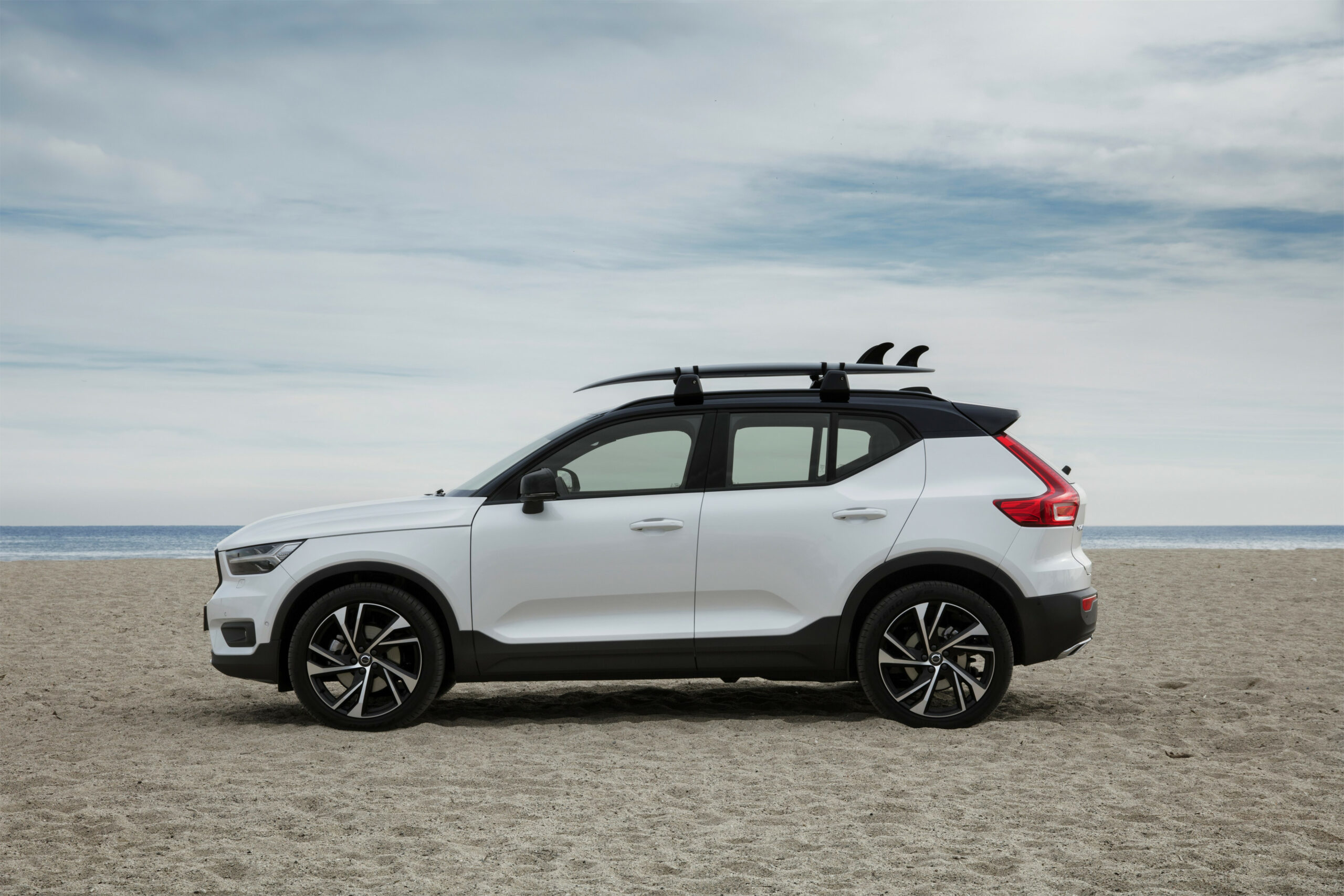 Car Roof Rack | New Car Models 8 8 throughout 8 Volvo ...