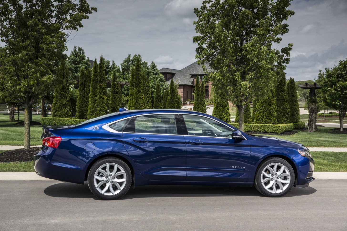 Chevrolet Impala Discount Totals $8,8 In April 8080 | GM Authority