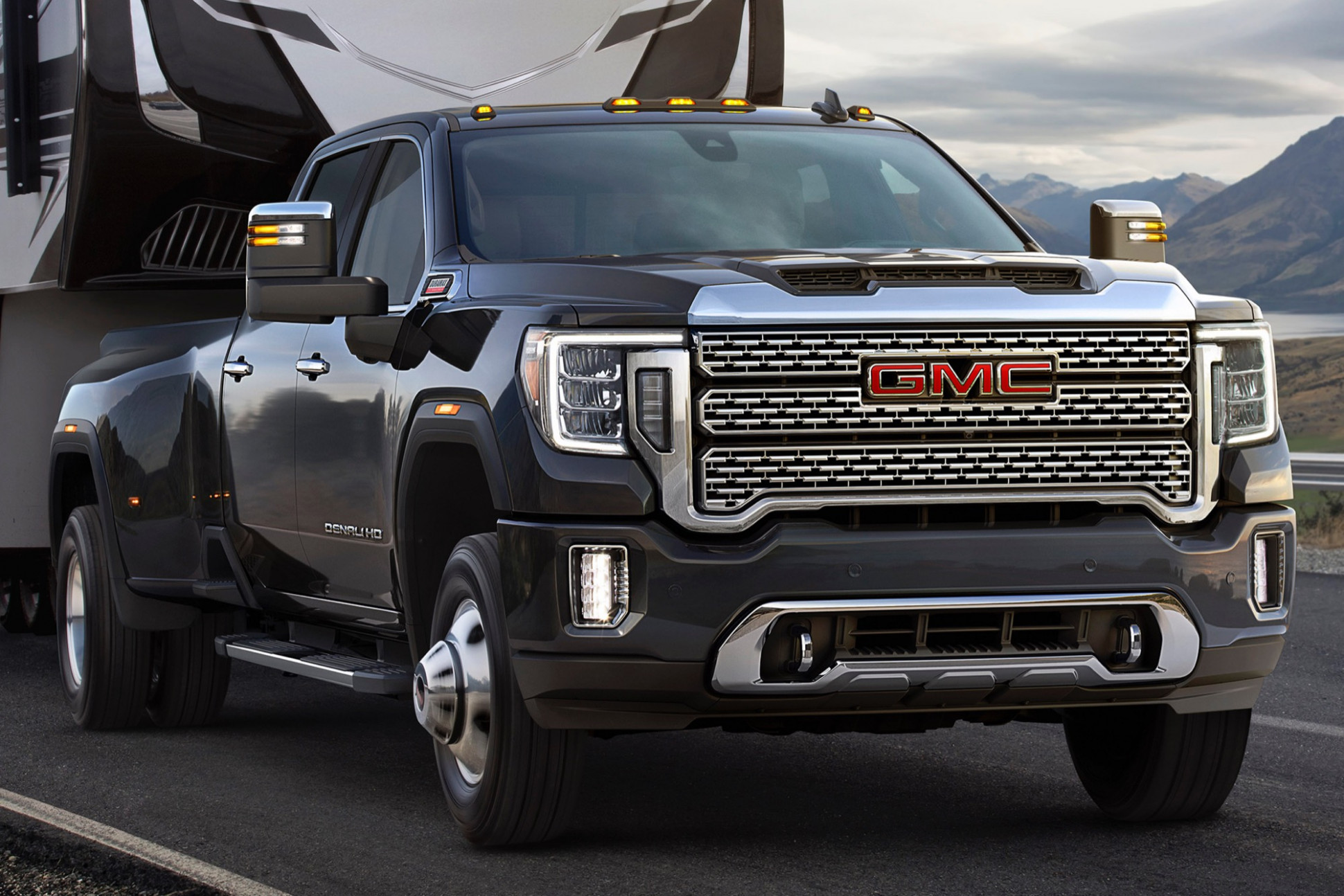 Dually Trucks: What Are The Benefits Of A Dual Rear-Wheel Pickup ..