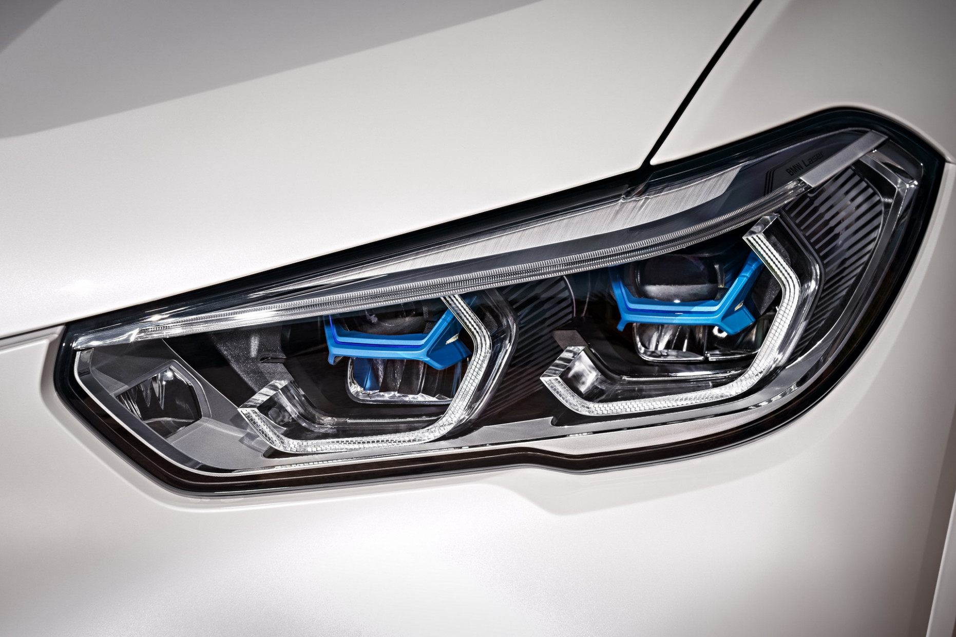 GUIDE: The Different BMW Headlights Technologies Explained - 2020 bmw laser headlights