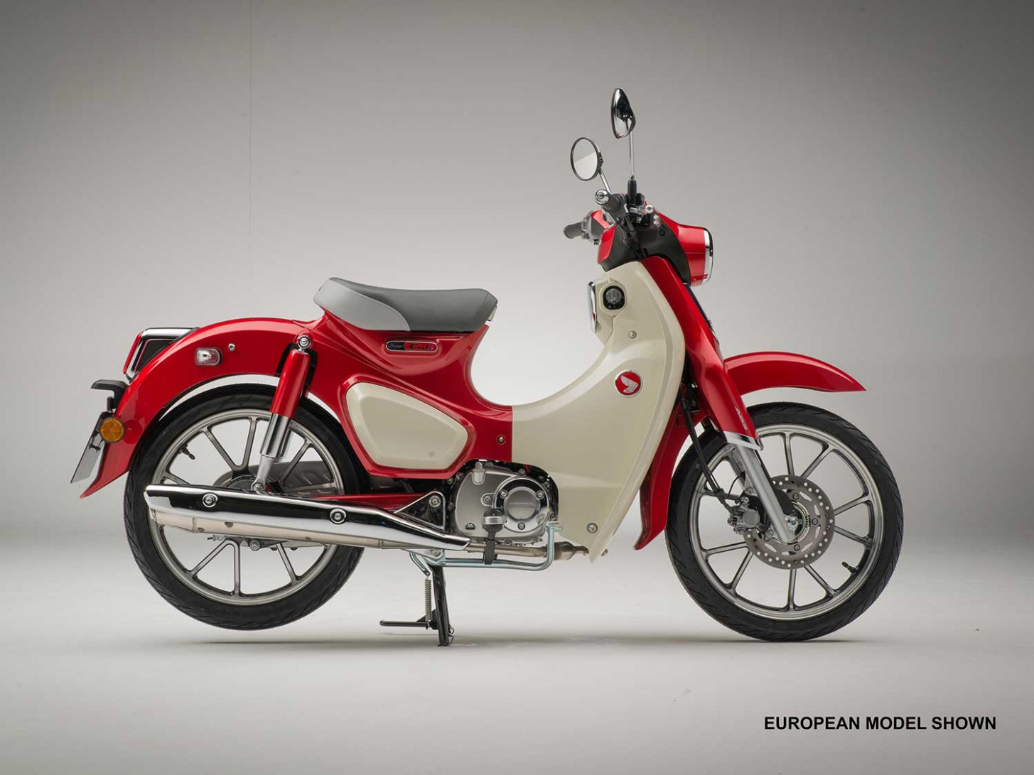 Honda Super Cub C6 Back For 6 | Motorcycle Cruiser