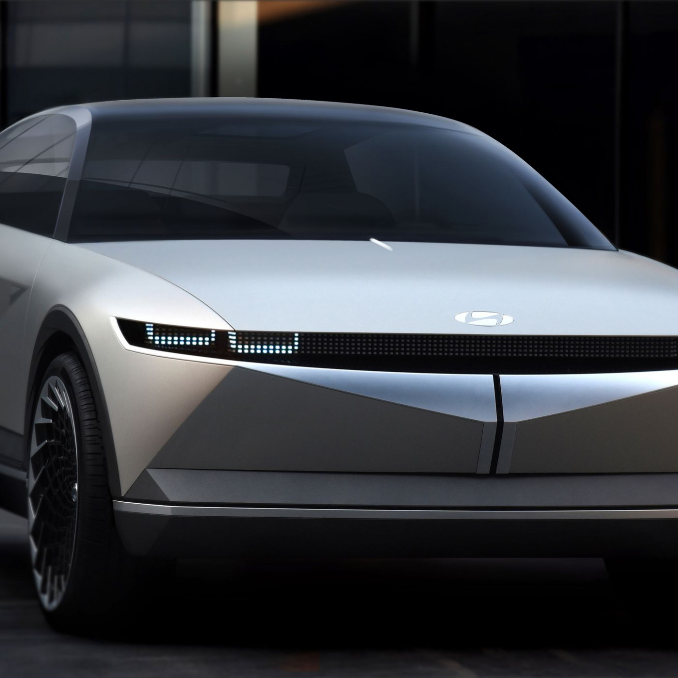 Hyundai's 7 electric concept car is a futuristic blast from the ...