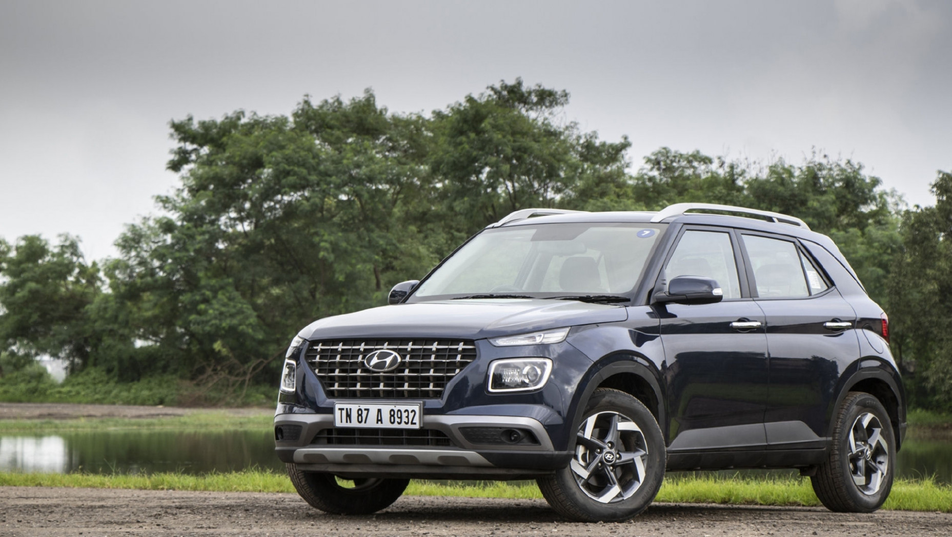 Hyundai Venue 7 Review - Prices, Specs, Variants, Features and ..