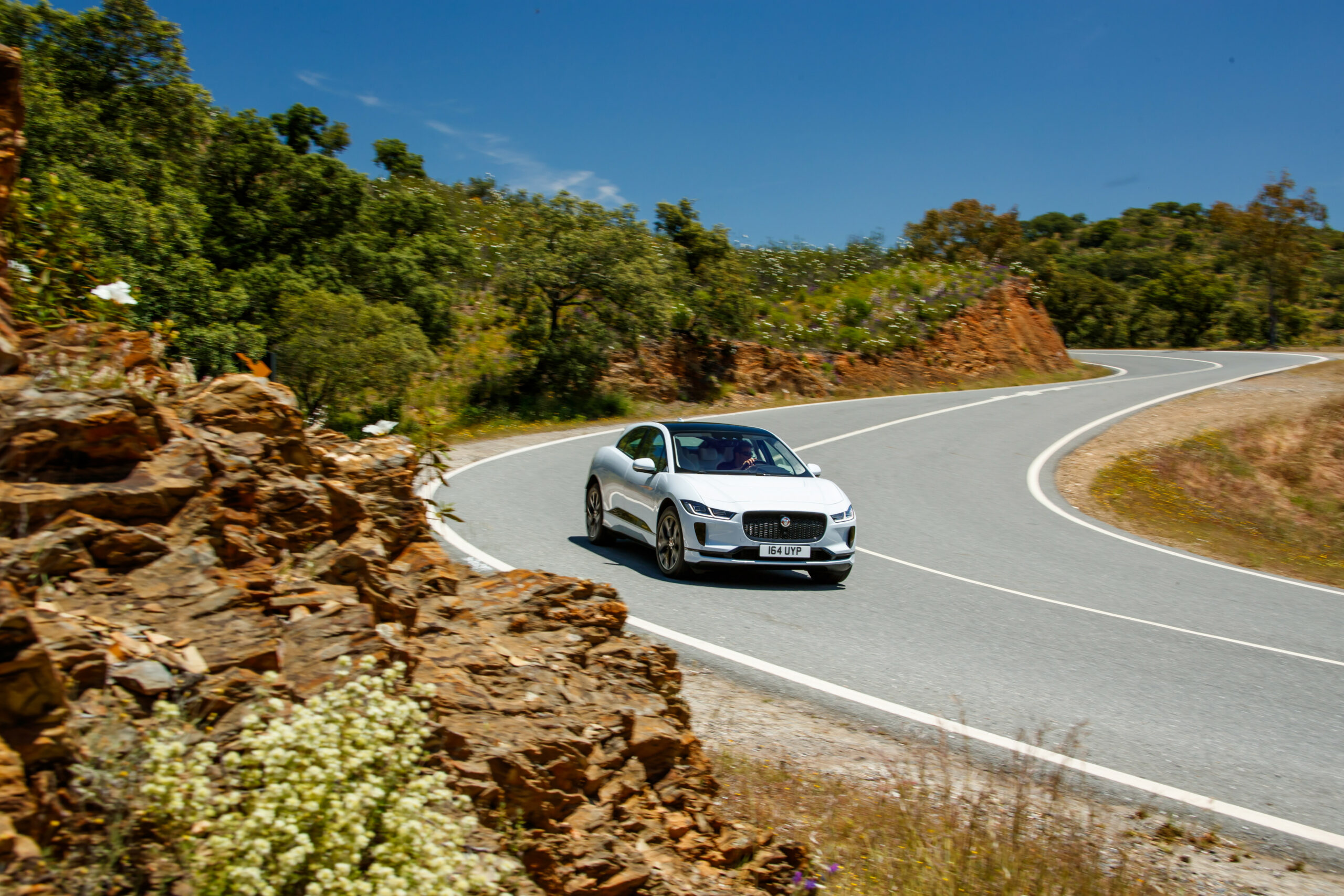 JAGUAR LAND ROVER REPORTS DECEMBER RETAIL SALES UP 8.8% | JLR ..