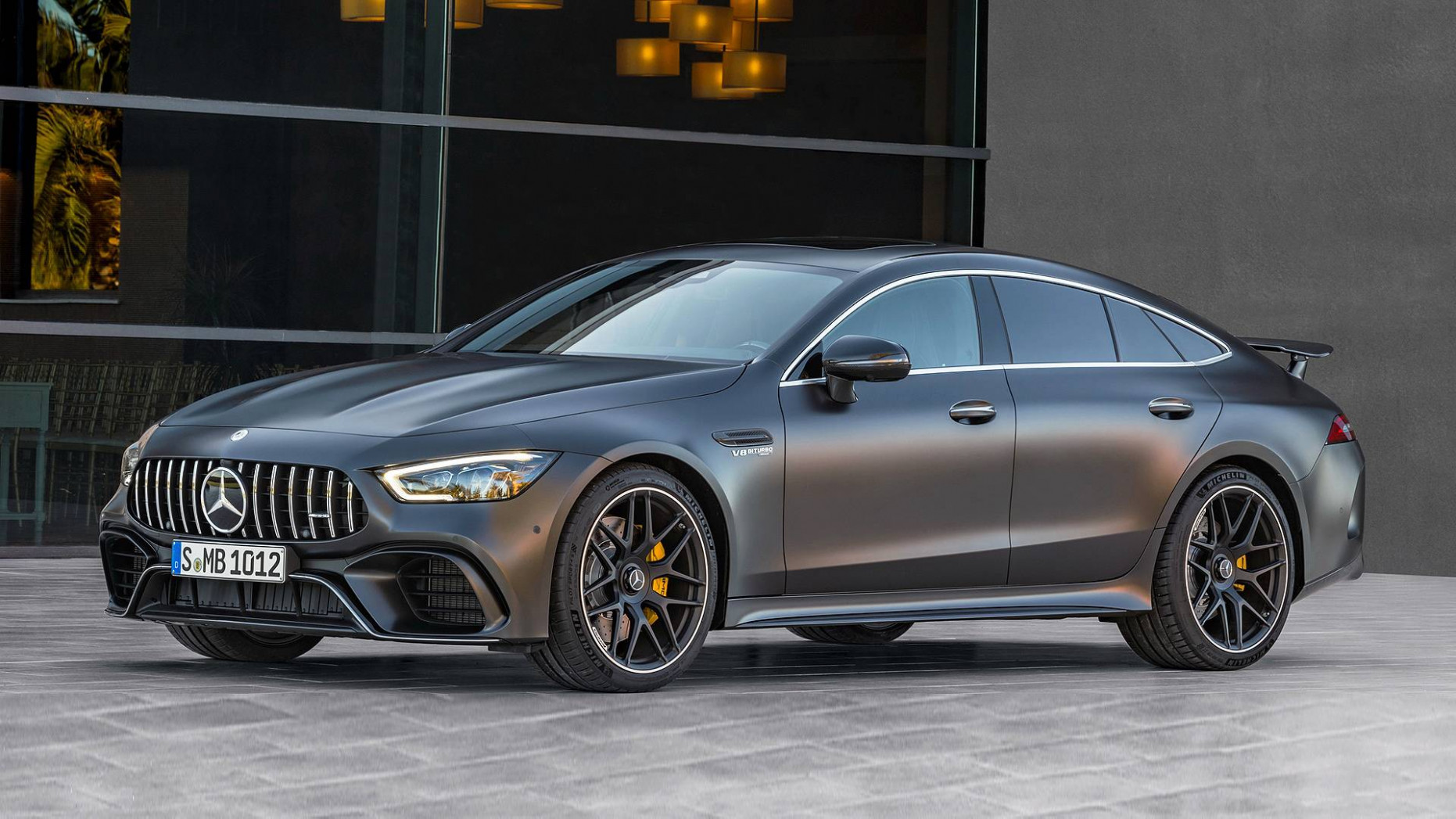 Mercedes-Benz-AMG GT Coupé Viertürer-News und -Tests | Motor8