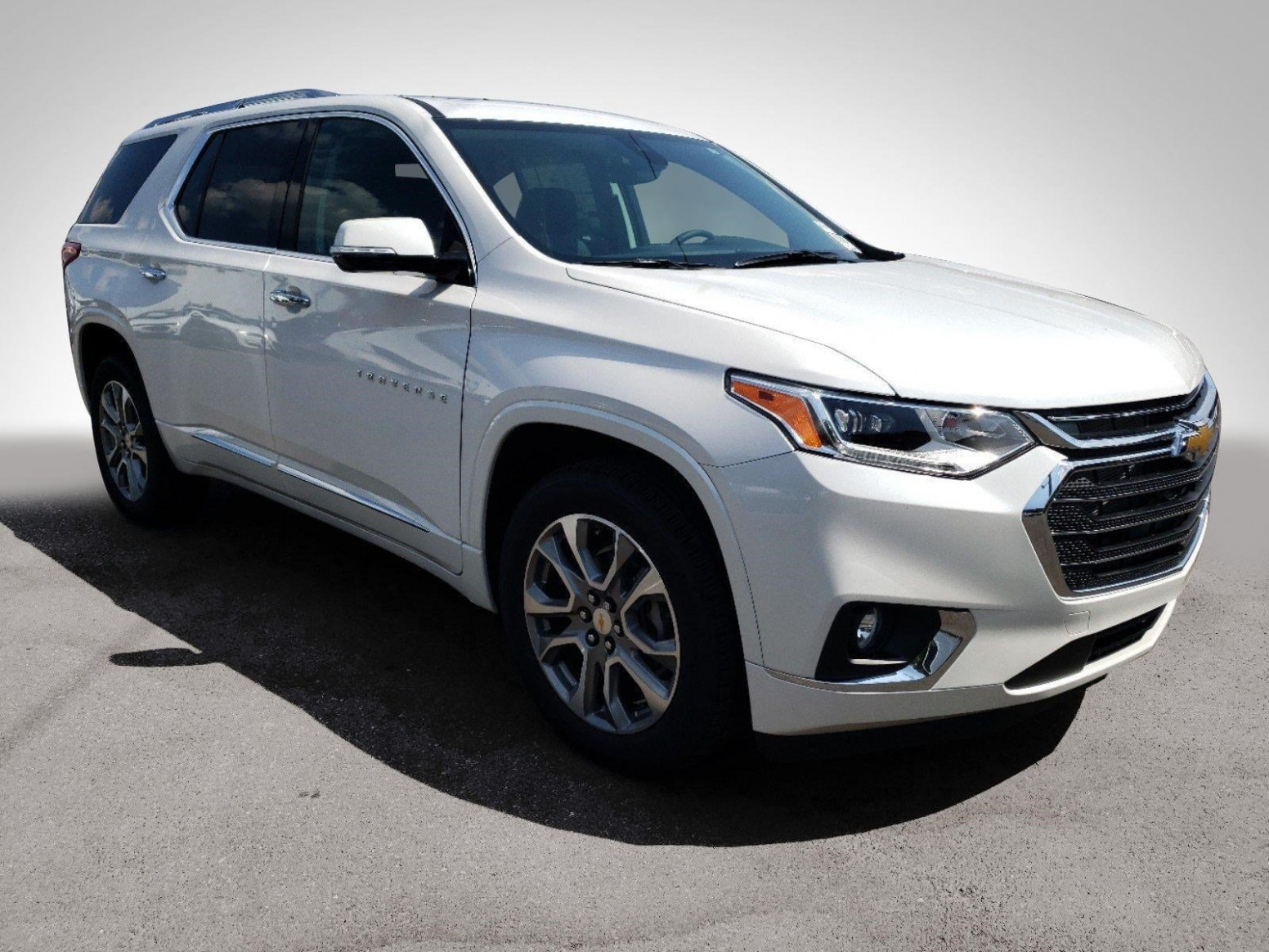 New 7 Chevrolet Traverse Premier With Navigation
