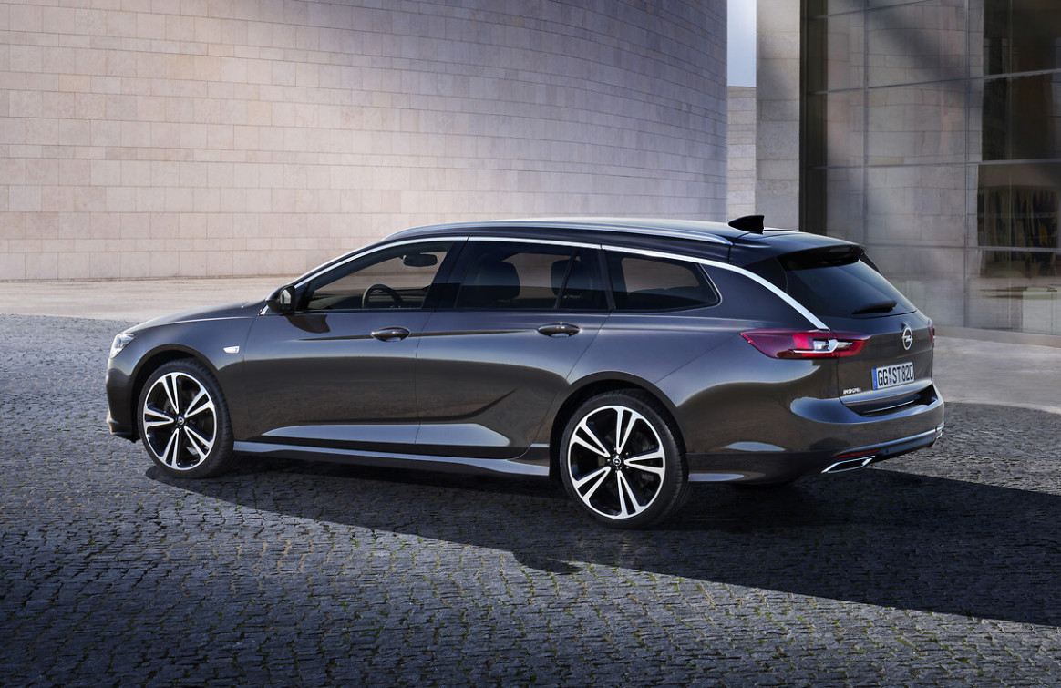 Opel Insignia Facelift 10: Dreizylinder in der Basis, 10 PS im ..