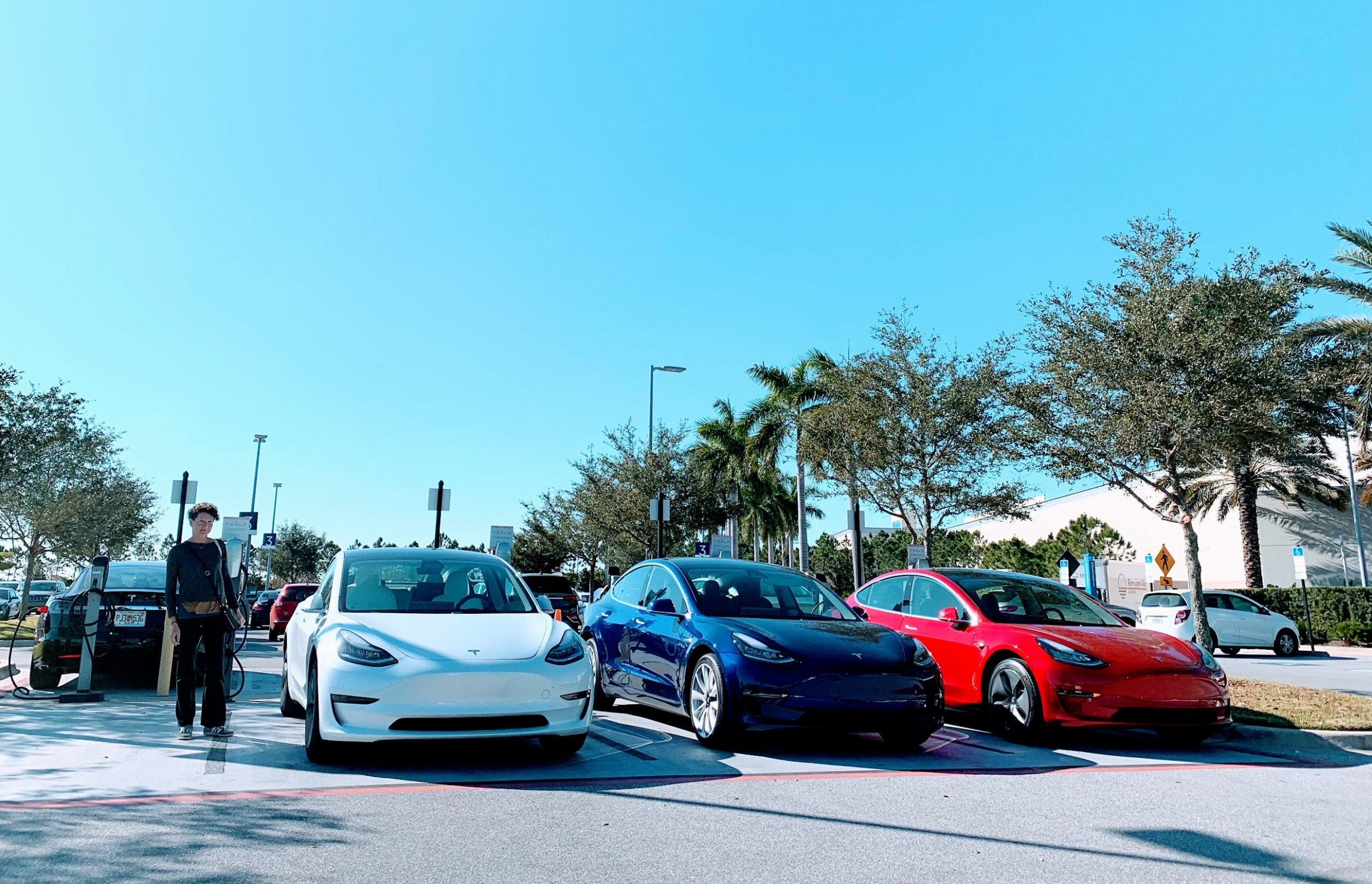 Tesla vs. BMW, Jaguar, Porsche — Worldwide Sales | CleanTechnica