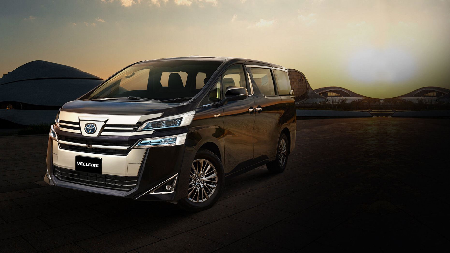 Toyota Vellfire launched in India, priced at INR 7.7 lakh