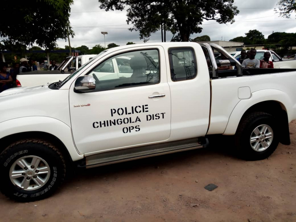 Toyota Zambia gives Chingola police a car