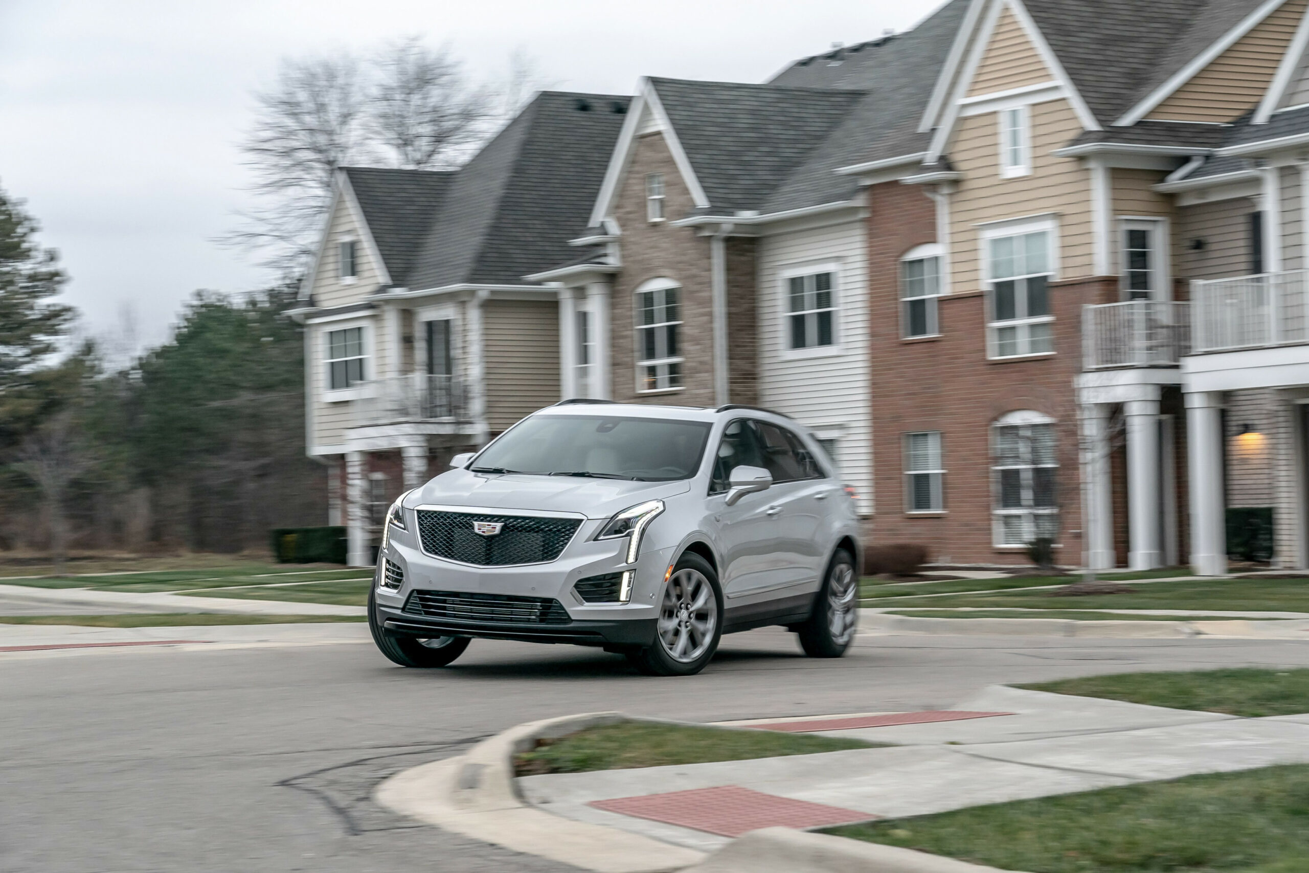Updated Cadillac XT8 Doesn't Move the Needle