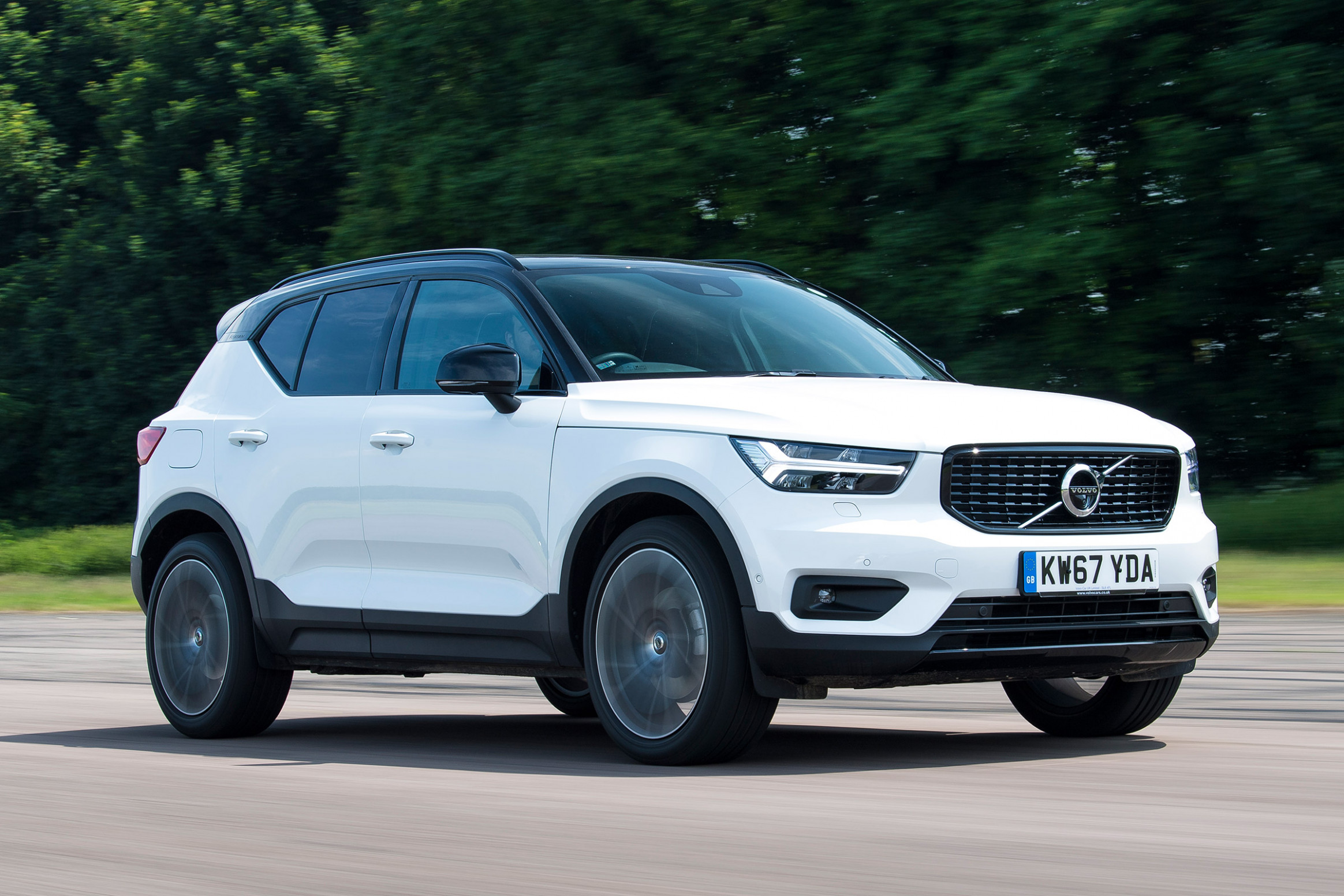 Volvo XC8 MPG, CO8 Emissions, Road Tax & Insurance Groups | Auto ..