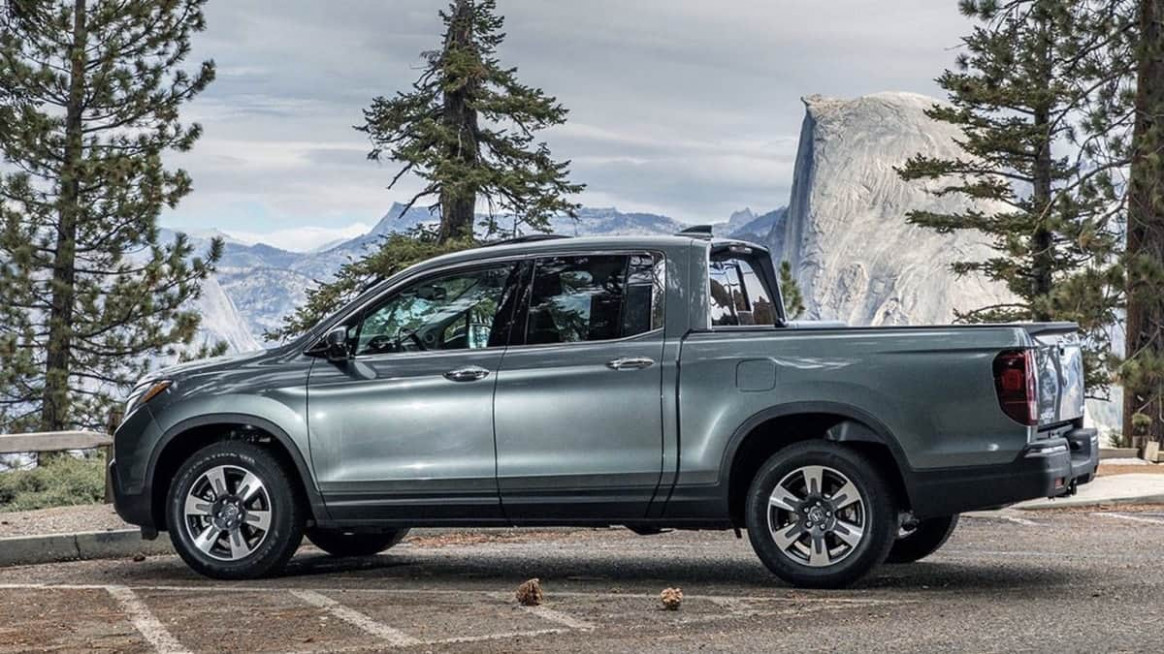 You Won't See A New Honda Ridgeline Hybrid Pickup Anytime Soon ...