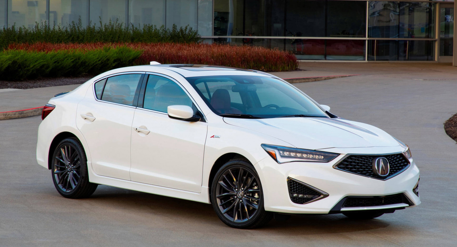 6 Acura ILX Hits Showrooms, Retains Last Year's $6,6 ...